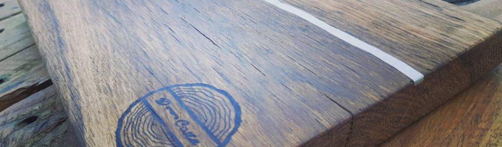 Incrustation étain dans le bois (disponible sur n'importe quel modèle)